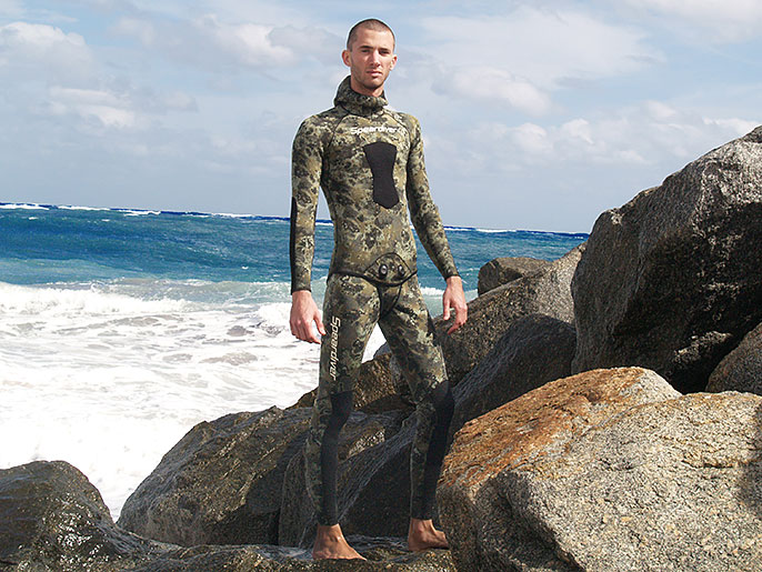 spearfishing-wetsuit-tall-skinny-speardiver-pacific.jpg